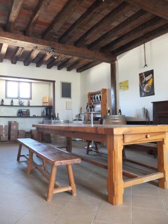 Salle de degustation 4